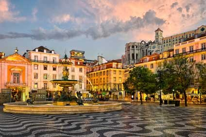 Place Rossio, pavage à l'ancienne au Portugal